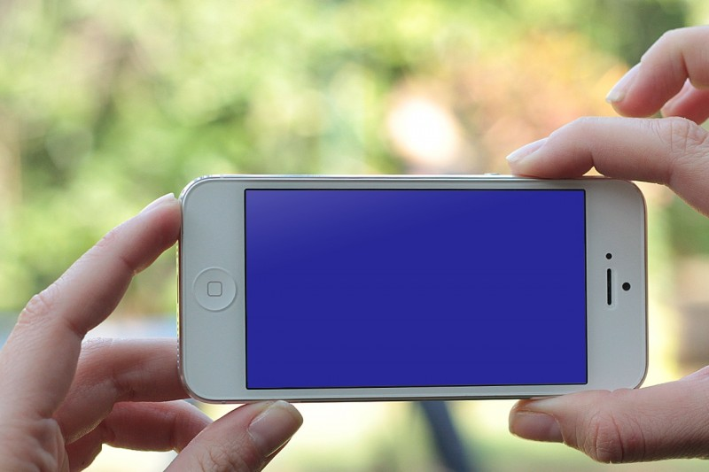 how to fix a blue screen on iphone 5s
